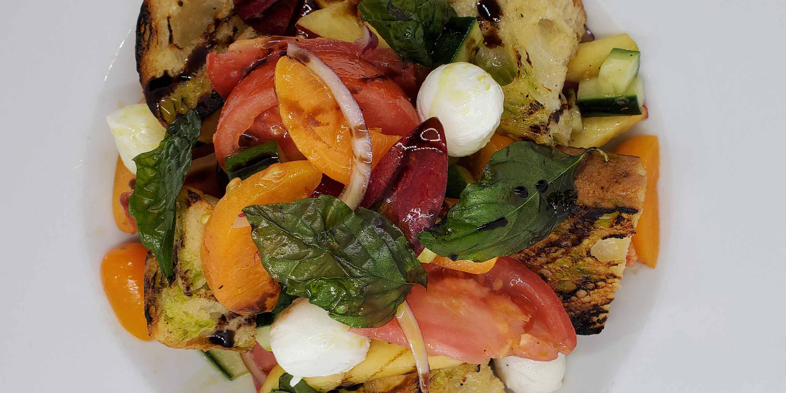 Painzanella salad with mozzarella balls